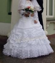 Свадебное платье + болеро (по желанию)